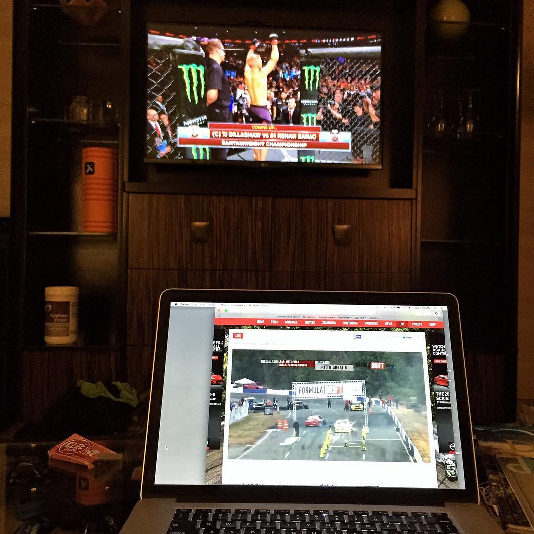 Good night of entertainment here in my hotel room in Detroit: Formula Drift streaming live from Seattle on my computer, while UFC is broadcasting from Chicago on my TV. Awesome. Go Dillishaw! #saturdaynightfights #UFC #FDsea