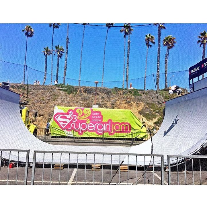 Today's the day! Watch the girls shred it in the @supergirlpro vert contest at 1pm!