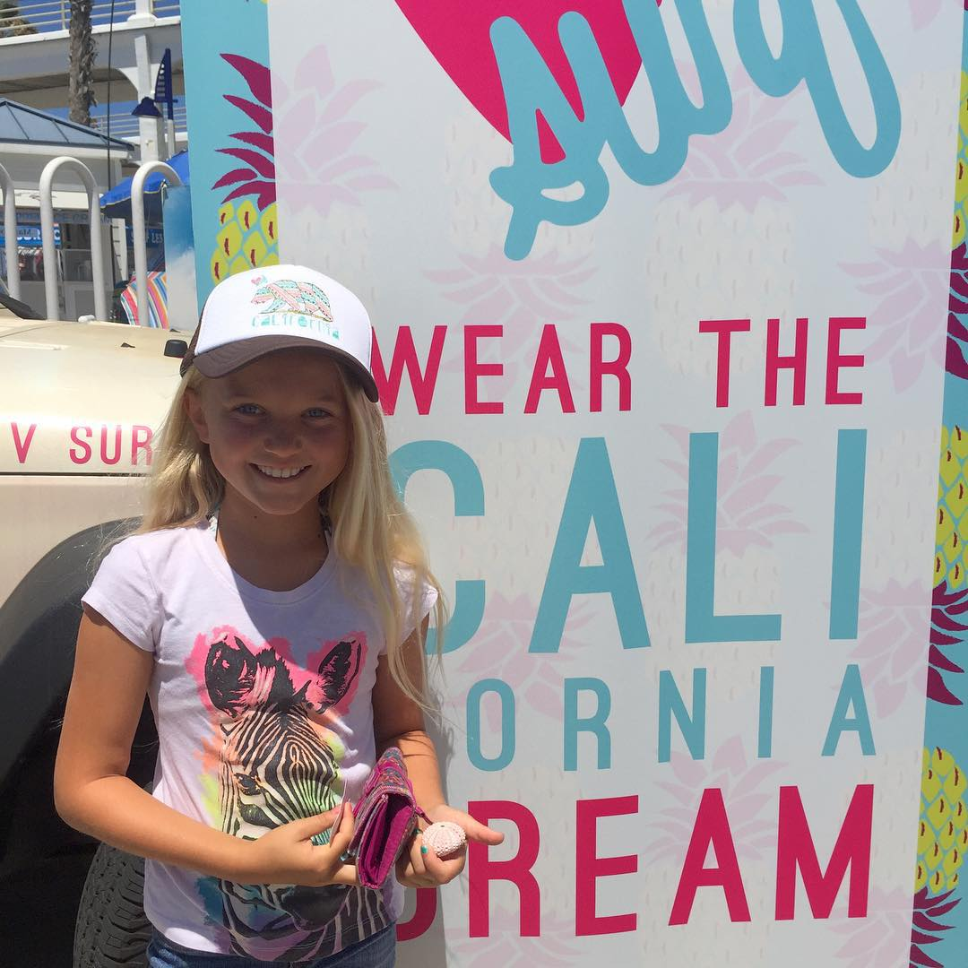 This gal Luvs her new hat ❤️ @luvsurfapparel #luvsurfapparel  @supergirlpro