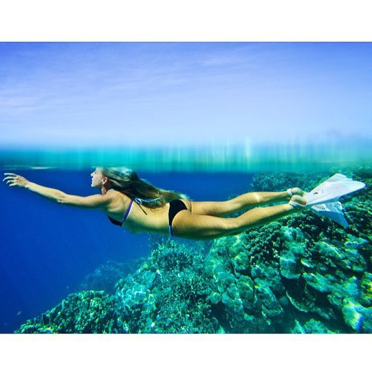 Happy Birthday to @Amy_Kotch! Finding peace in the vastness of the beautiful oceans around us! #photo @richard_kotch