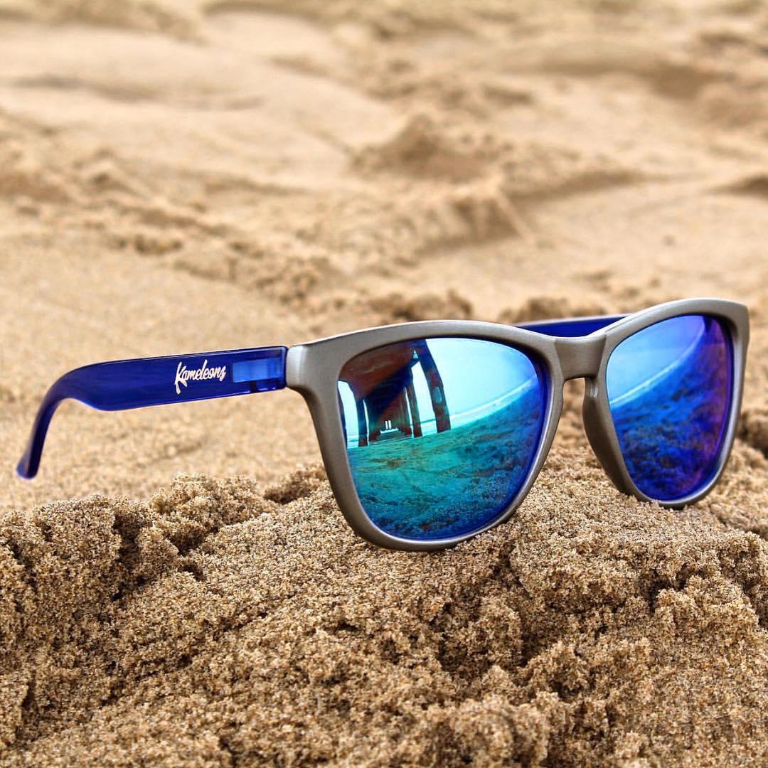 Beach days Frames: Blue Steel Kameleonz.com