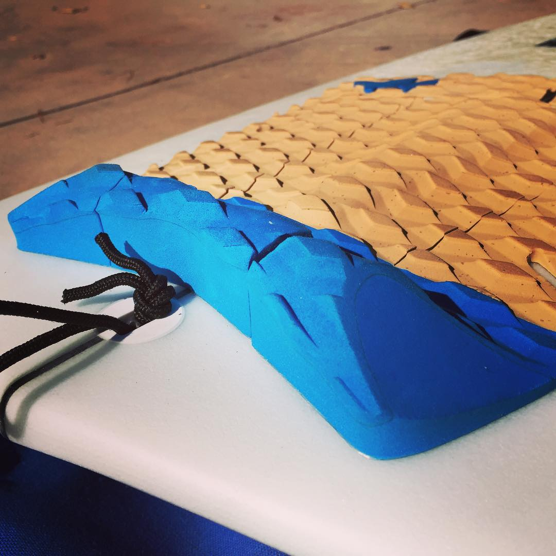 Do it with cork. Wavetribe deckpad #ecosurf style