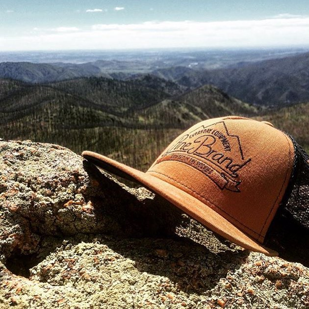 @sc0ttify took his Pine hat to new heights this weekend. What're you doing with yours? // #EverydayEquipment #pinebrand