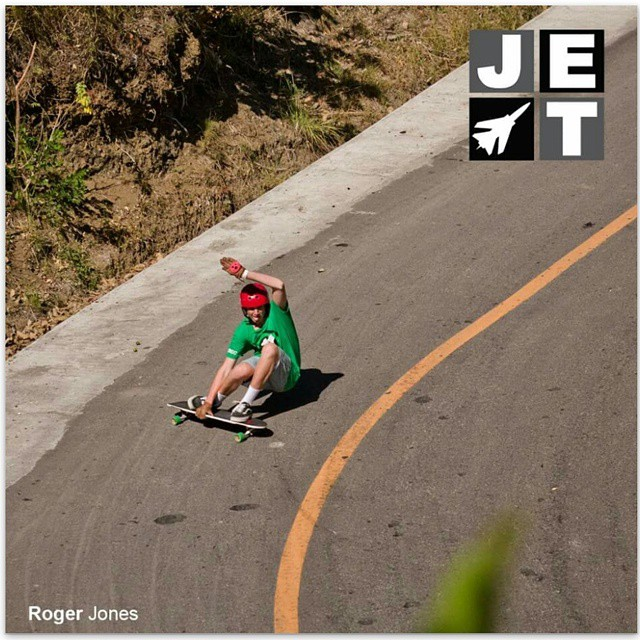 We love this shot of @roger_lbdr by @jetskateboards looking all styley #keepitholesom