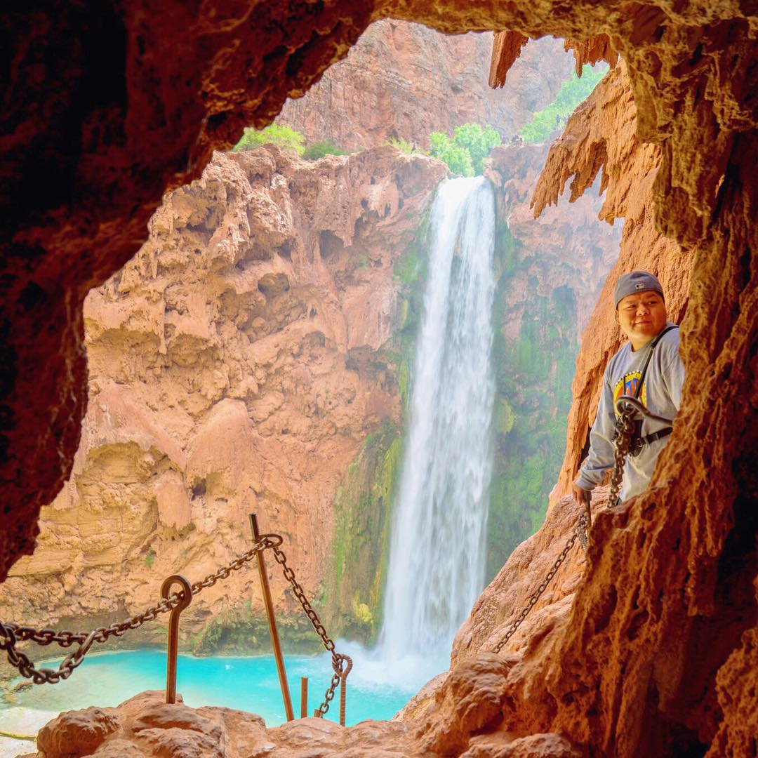 #Havasupai Tip No. 3: Get to know the locals. Not only are they some of the chillest people you will ever meet but their stories may inspire you. If they think you're cool they may even give you some tips, this was their backyard growing up....