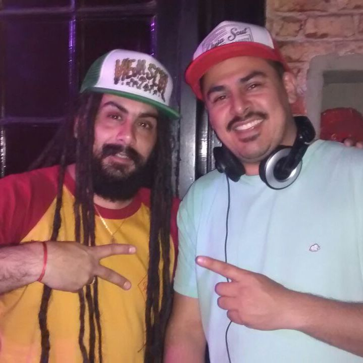 Amigos de Vieja Scul #djs #caps #reggae #style #mutarbar #skateshop #viejascul