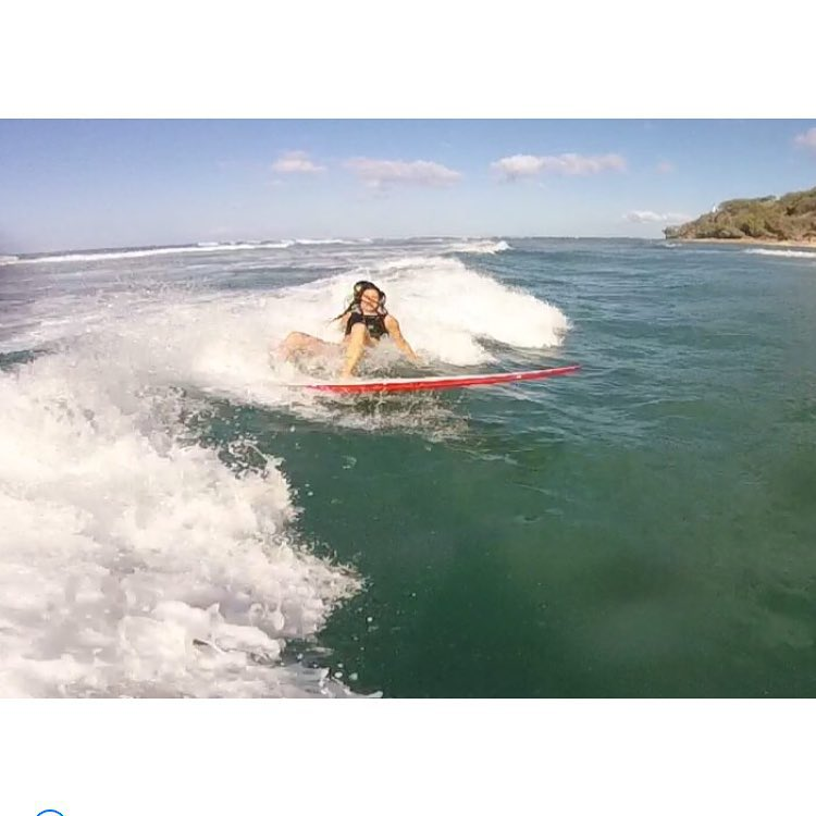 Just, ahem, testing out new product #wipeoutwednesday #superlaidback #surf #wipeout #diamondhead #croptop