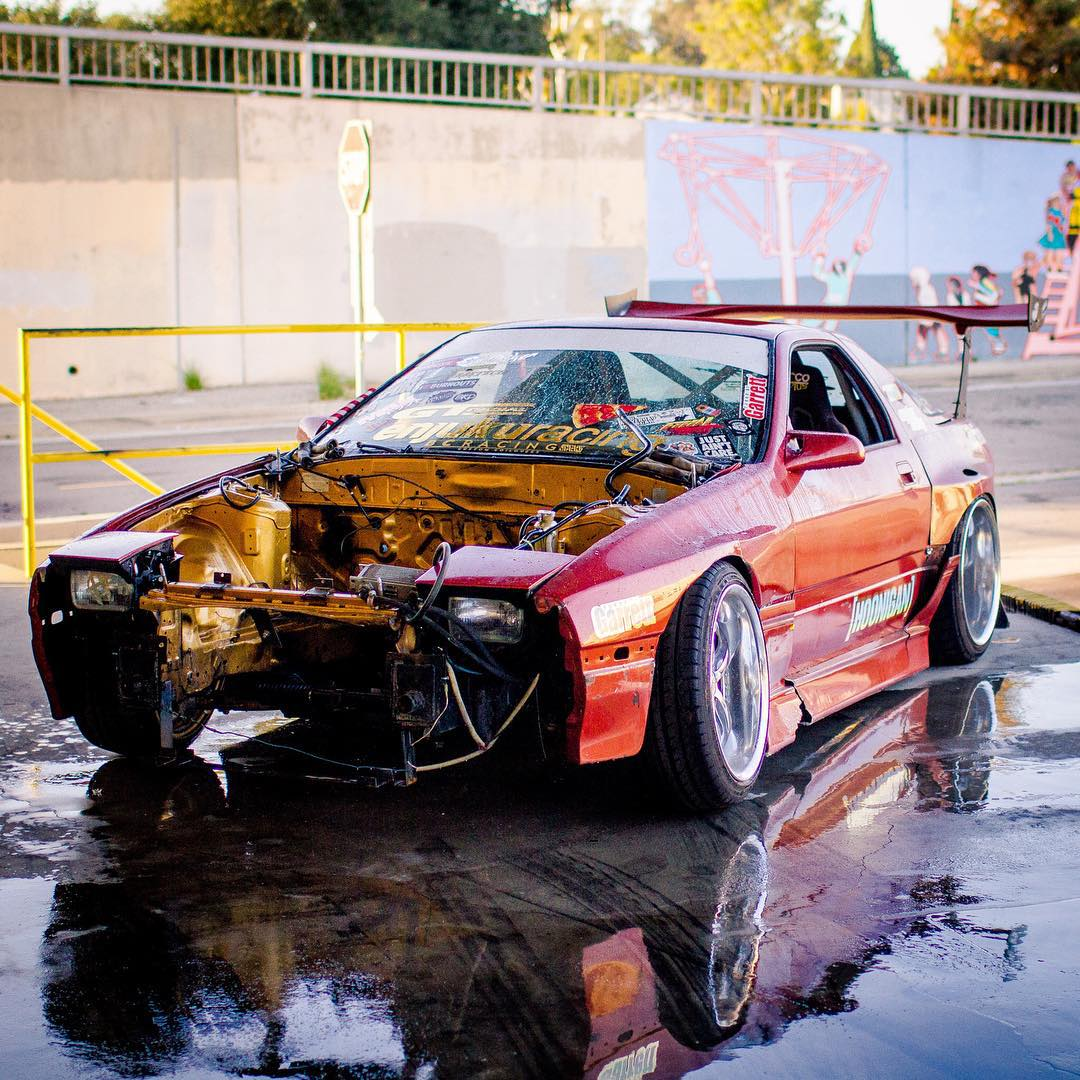 Hoonigan's Internet scientist @hertlife has succumbed to your pressures and is putting a rotary engine back in his once turbo LS RX7. Wankle-heads rejoice! Or not. #finalboutprep #stopthehategetav8