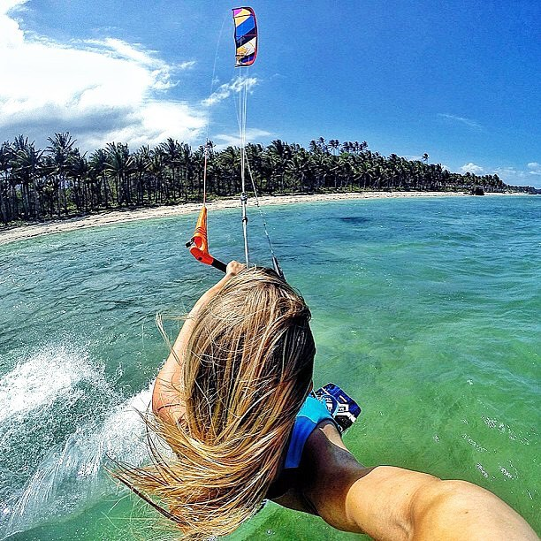 Break free of the norm | get a fresh perspective ☀️ #phillipines #palawan #pka #kite #tour #livethesearch #gopro #hero4 #tropical #paradise @liquidforcekites @makuloteam @fluidno @palowood @xboarddk #hanglooseno #kitesista - source: #mermaid @malinamle