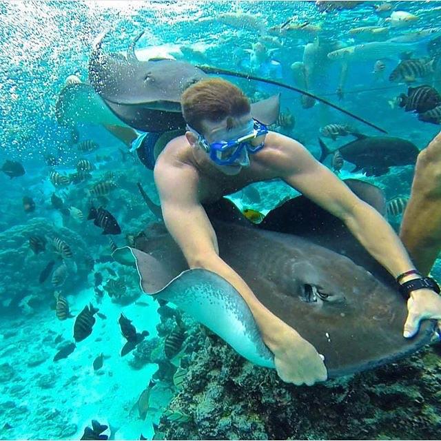 @wyatt_elder out exploring the island of #Moorea having some fun underwater