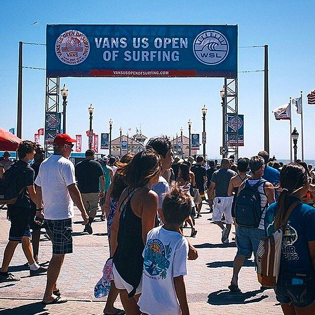 Heading to Huntington today for the #vansusopen? Join Dragon Alliance at @jackssurfboards for a team signing at 3:00. Can't wait to see you!
