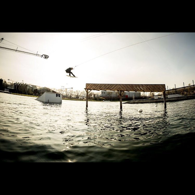 Go watch the Renovation Comments video up on @the_cable or @unionwakeboarder Some pretty classic commentary in there. In the meantime here's @mitchlangfield gapping to the creeper at the @the_bricks_open #wakeboarding