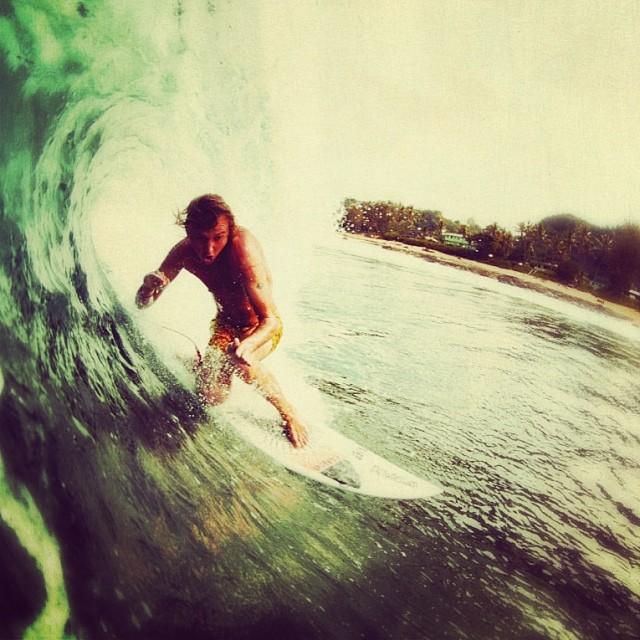 Vamos que es viernes! Life's short... GO SURFING #friday #soul #surf #ReefArgentina
