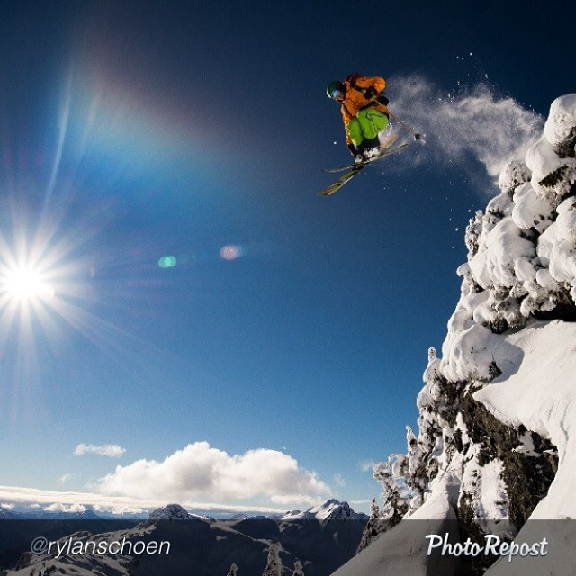 Frequently found jumping over mountains, Panda Athlete Adam Roberts soars past the camera of Rylan Schoen last week in Northern Washington. Wowzas!  @rylanschoen  #pandapoles #magicskiwands #pandatribe