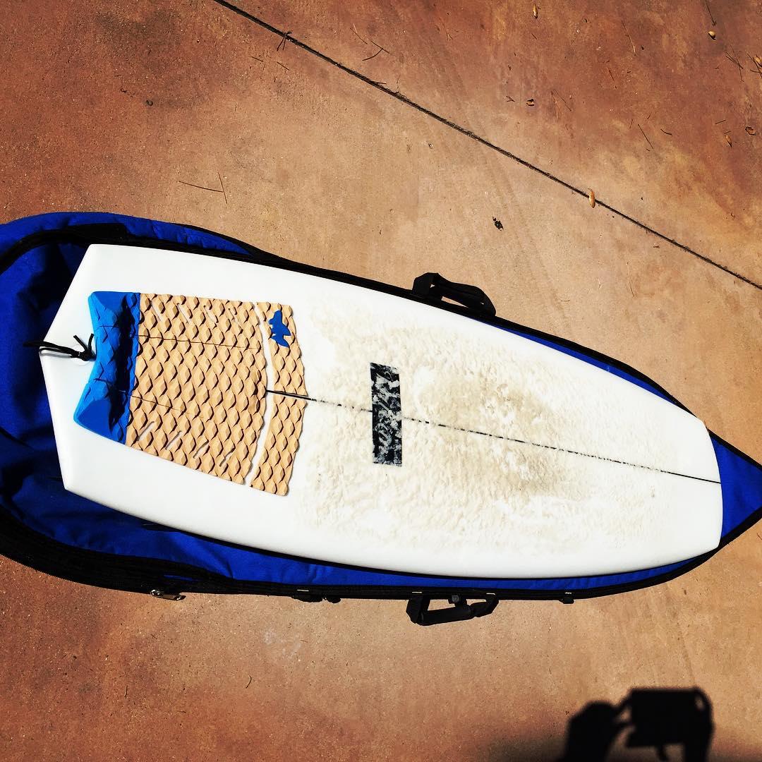 Hemp #boardbag + cork #deckpad + awesome #surboard = eco rad