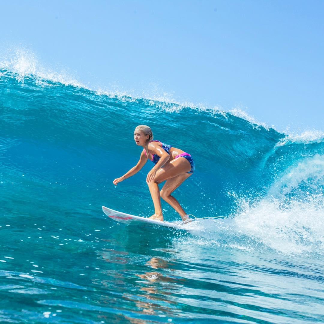 Welcome to the Sunski Explorer crew @savannastone_surf!