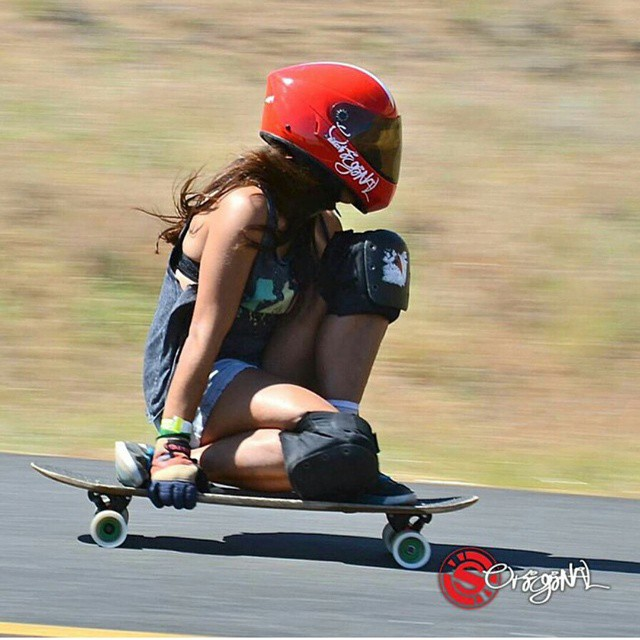 Gnarly babes and gnarly bombing, everybody loves that #keepitholesom @neena405