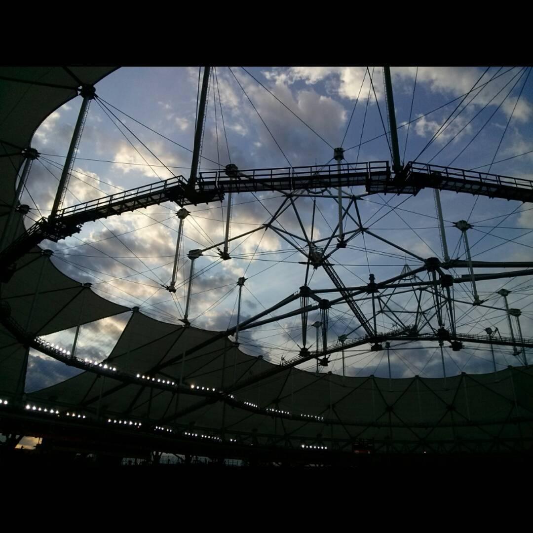 Partido, cielo. Partido, cielo. Se me iban los ojos. #sunset #atardecer #sky #cielo #cielosdebuenosaires #estadiounico #edlp #laplata