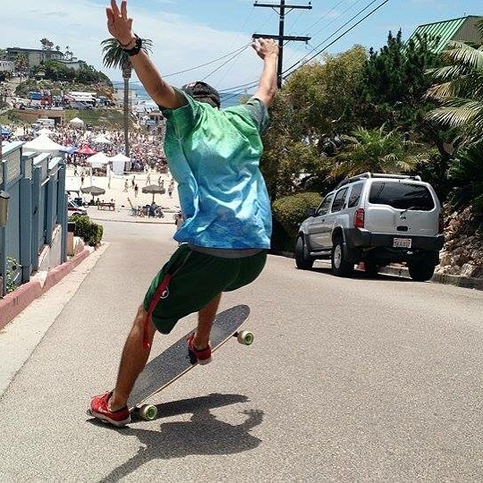 @mello_gustavo livin it up somewhere in Socal #loaf #blut #tailslide