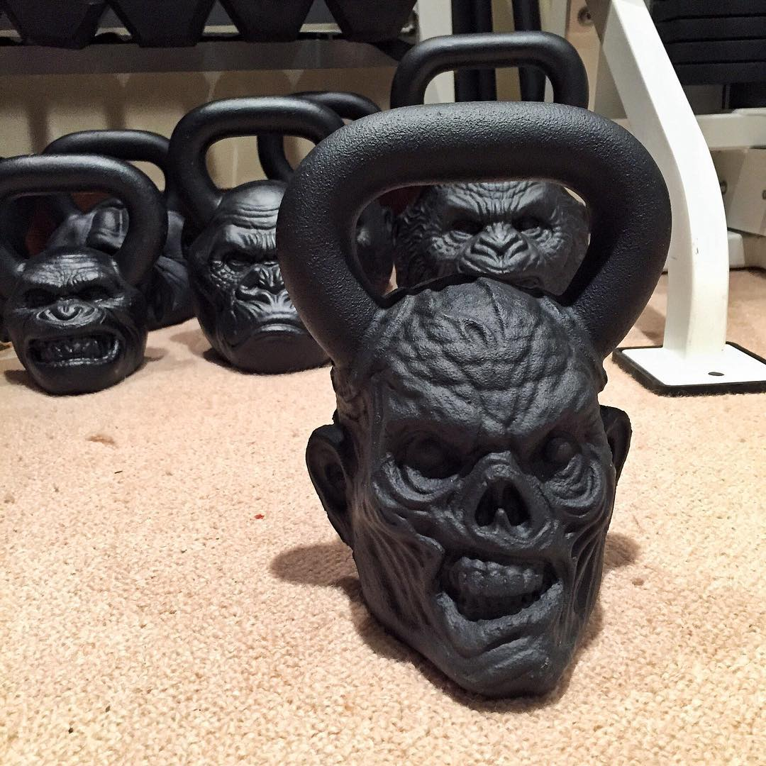 Just received this new Ghostface zombie kettle bell from @Onnit. Thanks to Onnit, my kettle bell game is anything but boring now. Thanks for making my work outs a little more interesting, Onnit. Ha. #zombiebells #throwingfacesaround