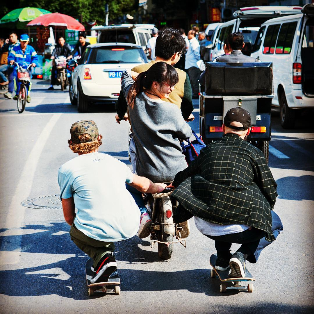 Who would ride and would skate on the side in your dream 10 wheel taxi? #SilkyWay #Shanghai #Skate #MiniAdventure @resbullskate