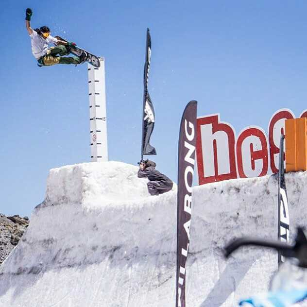A late congratulations to #FluxBindings pro @erikleon_ taking home 2nd Place and the @crabgrab Best Grab Award (video link in profile) at the Bode Merrill Medium Quarterpipe Invitational 2015! Stoked for you Erik, way to go!  Photo by: