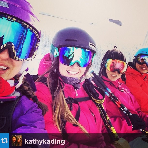 #Repost from @kathykading. Get the Girls Out, Stevens Pass. @shejumps #highaltitudehappiness #plantyoursoul #gtgo @stevenspass
