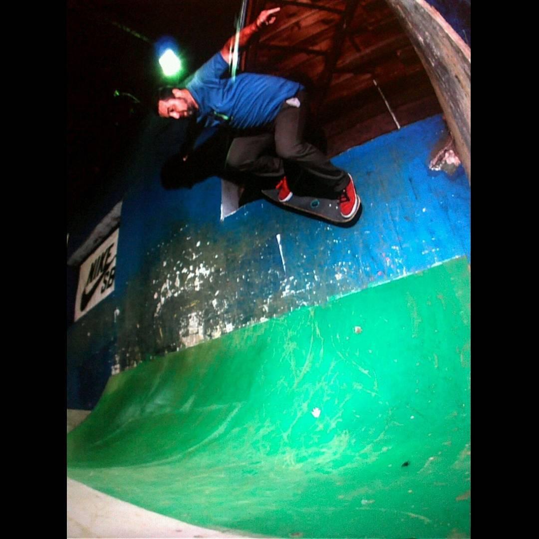 Tremendo wallride de @sege_trivero en el eh!park @ehparkparadise_skatepark