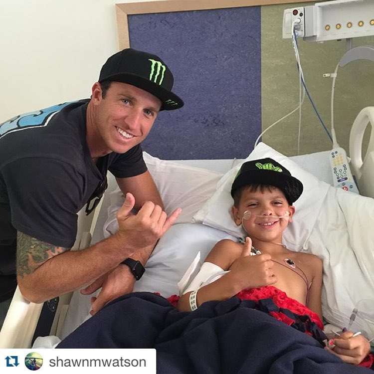 #Repost @shawnmwatson #LEGEND ・・・ Stopped by the children's hospital today in Denver, Co to visit this little trooper Tristen.. Pretty amazing to still have this little guy with us after being in a serious boating accident just a few days ago and still...