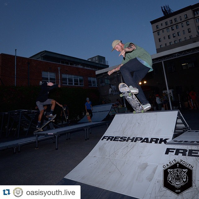 #Repost @oasisyouth.live  Shout out to our fearless leader @shawnthehooligan who never needs a mic to preach with his life. Killin it last Friday at the grand opening of our #SkatePark #OasisYouthLive #skate #ramp #quarterpipe #freshpark