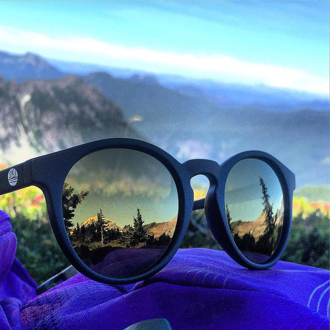 Eyes on the peak.  Rad reflection shot of Mt. Rainier from @dehaasnina