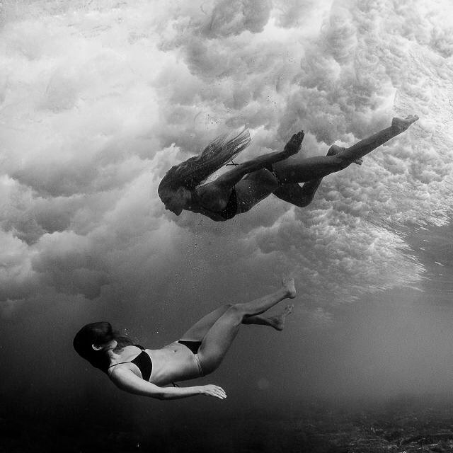 yin&yang • @odinasurf @swellliving @alisonsadventures #sarahleephoto #seaclouds