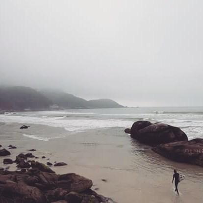 @sebas_ventura disfrutando de las olas en Brasil