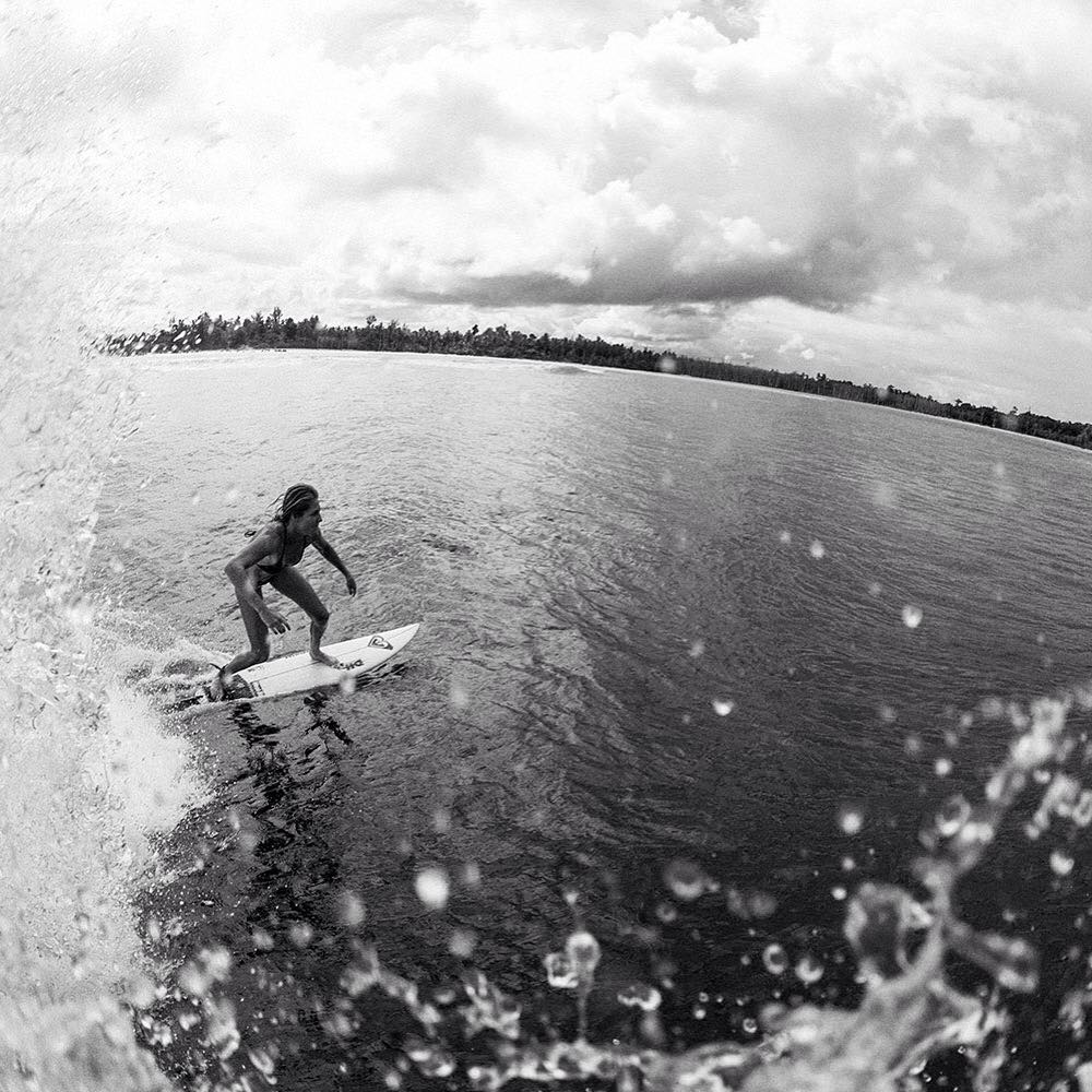 @stephaniegilmore on cruise control in the Mentawais. #ROXYsurf