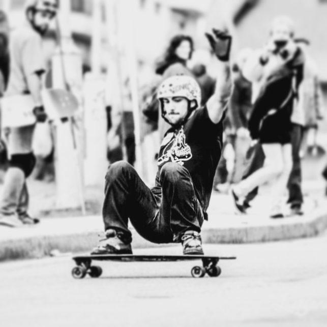 Hoy es el cumpleaños de un grande! Agustín Traverso rider de Wika Sport!  Conseguí nuestros productos en www.wikasport.com #teamwika #argentina #instagood #instalike #smile #cool #nice #amazing #happy #photo #life #friends #longboardday #longboardcrew...