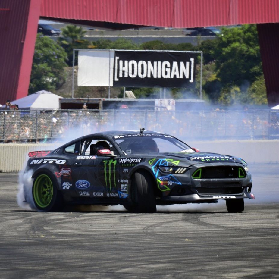 Throwback to @nittotire Auto Enthusiast Day with our homie @vaughngittinjr! The RTR Spec 5 concept might be our 2nd favorite Mustang around. #killalltires #AED2015