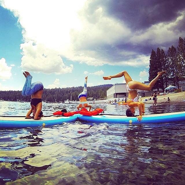 #tbt | don't take life too seriously - be playful #LakeTahoe @wanderlustfest with @bogayoga @laceycalvertshelton  source: @bogayoga #findyourtruenorth #bogayoga #thewaterismystudio #wanderlust2015 #keeptahoeblue #OKIINO #supyoli #spiritualgangster...