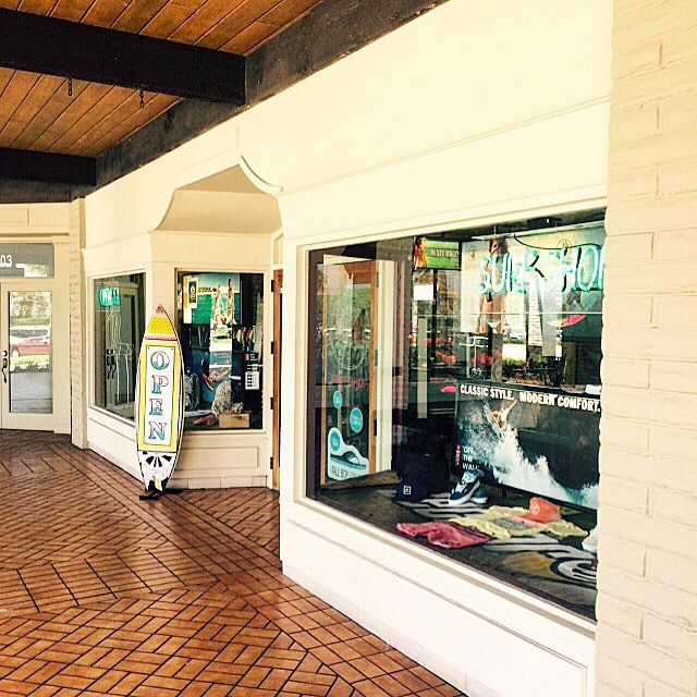 @localssurfshop in Jupiter Beach, Fl where you can find the goods! ulu near you! #jupiterbeach #fl #uluLAGOON #localssurfshop #eastcoast #shredtour #whawhawhatchout