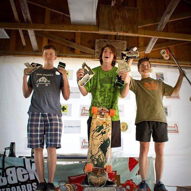 Sam Davignon with the second place in Juniors at munnsville last weekend!  #restlessboards #restlessnkd
