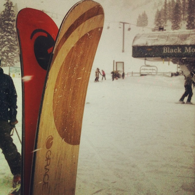 #kiwi loves the powder at @arapahoe_basin  who got the deep smooth runs down Pali face yesterday?