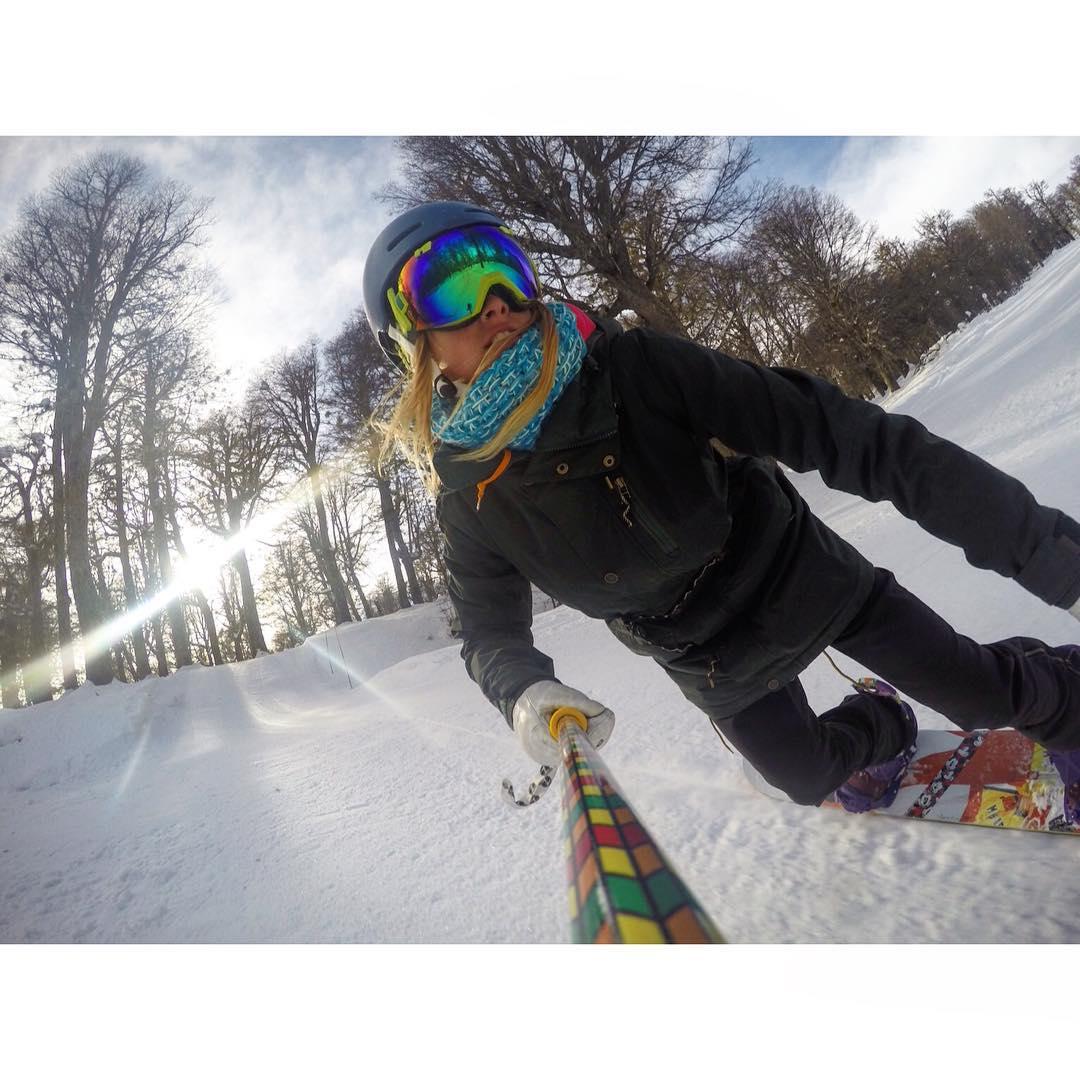 @maca.valle Snowboarder Argentina! #zephyrpole - Rider de @cerro_chapelco y @zephyr_gear