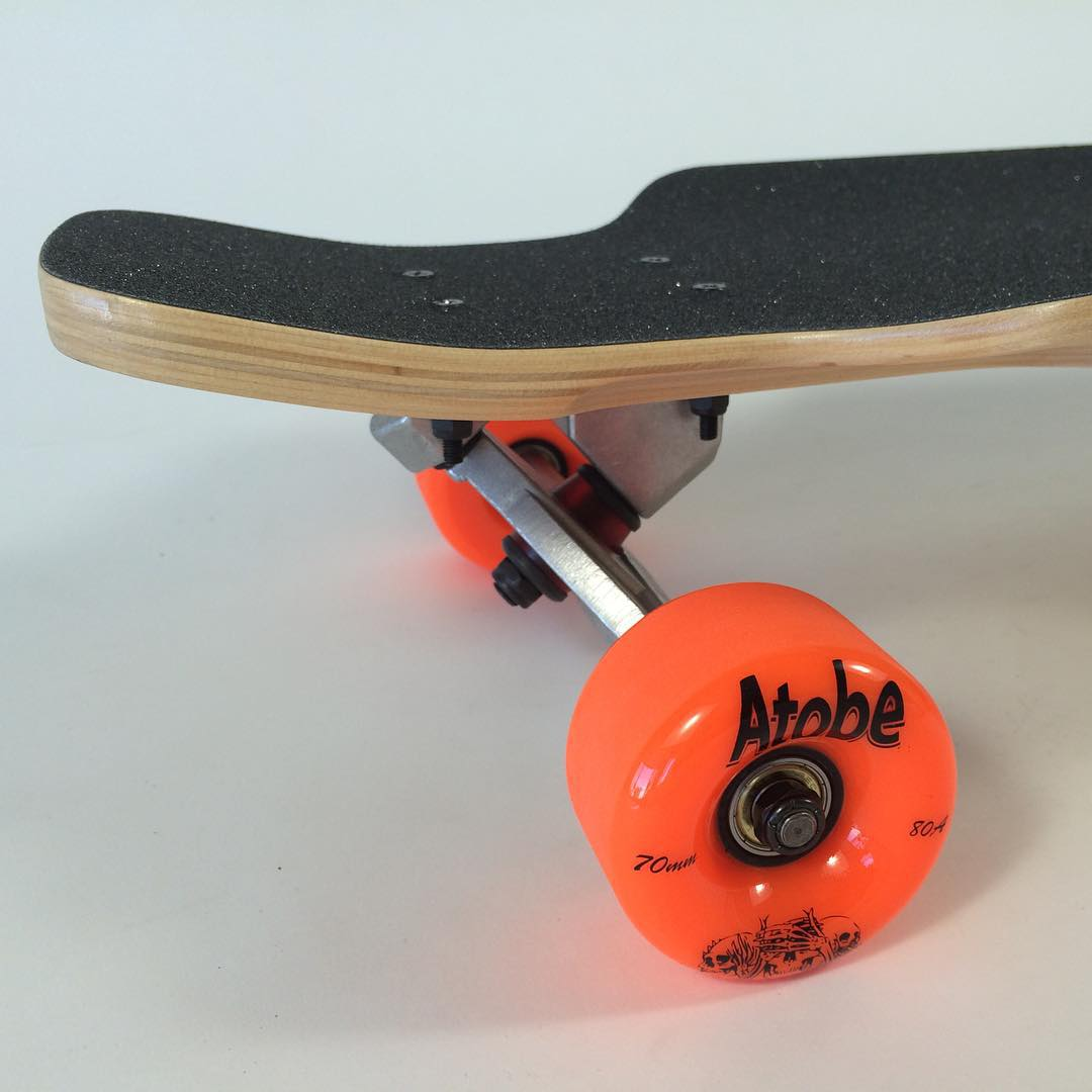 The #last #playa #deck going out with #atobe #freeride #wheels #longboarding #thane #thanelines #thankyouskateboarding #thanelinesmakeyoubetter #skatelife #concretwave #longtrek #concretwave #summer