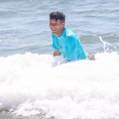 Sunshine and surf just make you feel good. ☀️