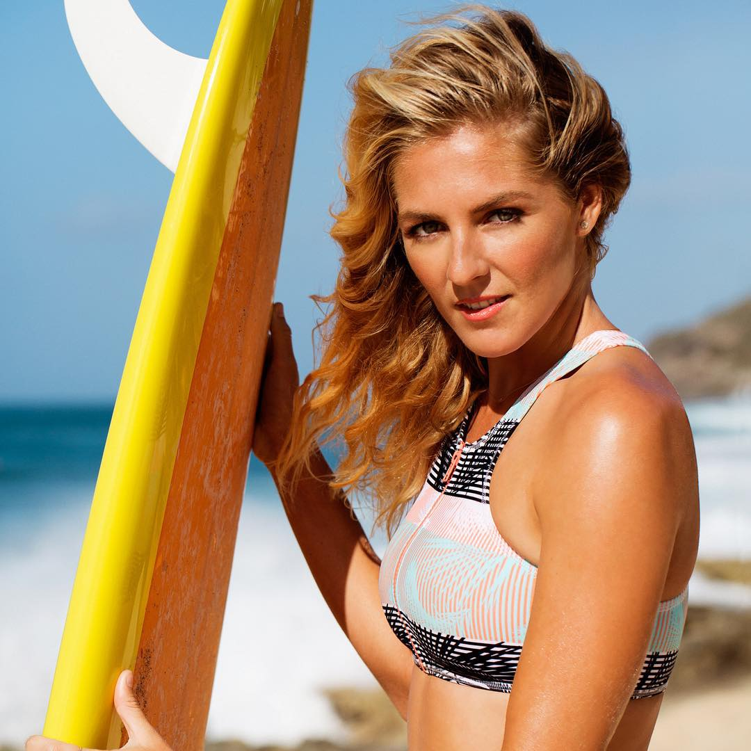 @stephaniegilmore hotter than the sun in new #POPsurf  http://roxy.com/popsurf