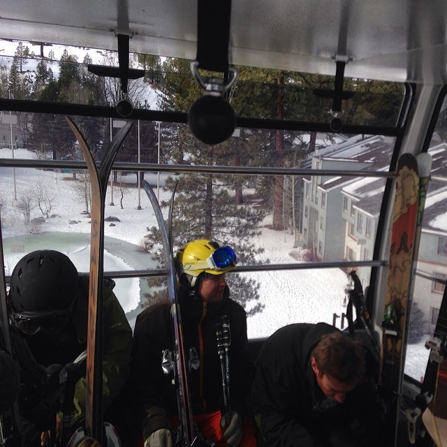 Made the scram for first gondola on first pow day of the year ! #forridersbyriders #handmadelaketahoe