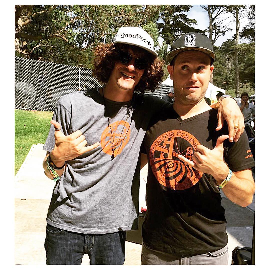 Music Outreach Program Lead @tiamignonne hung backstage with @therevivalists rockin' our SF Chapter Surfrider Logo Tees this weekend @outside_lands #sfsurfrider #surfrider #goodpeople #outsidelands2015