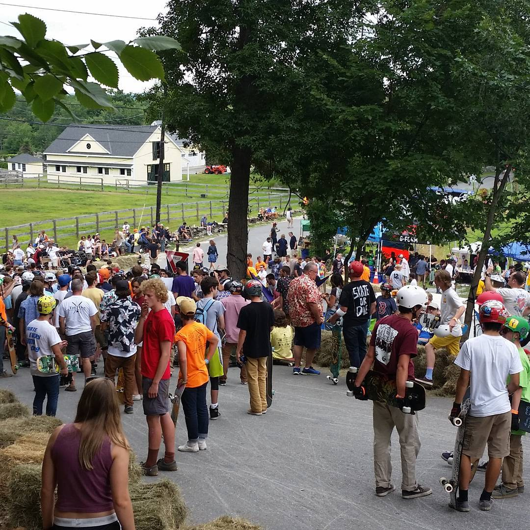 Riders meeting for the slide jam at #CentralMass6  Needless to say, the hill is very populated and quite hectic.  #LoadedBoards #Orangatang #CM6