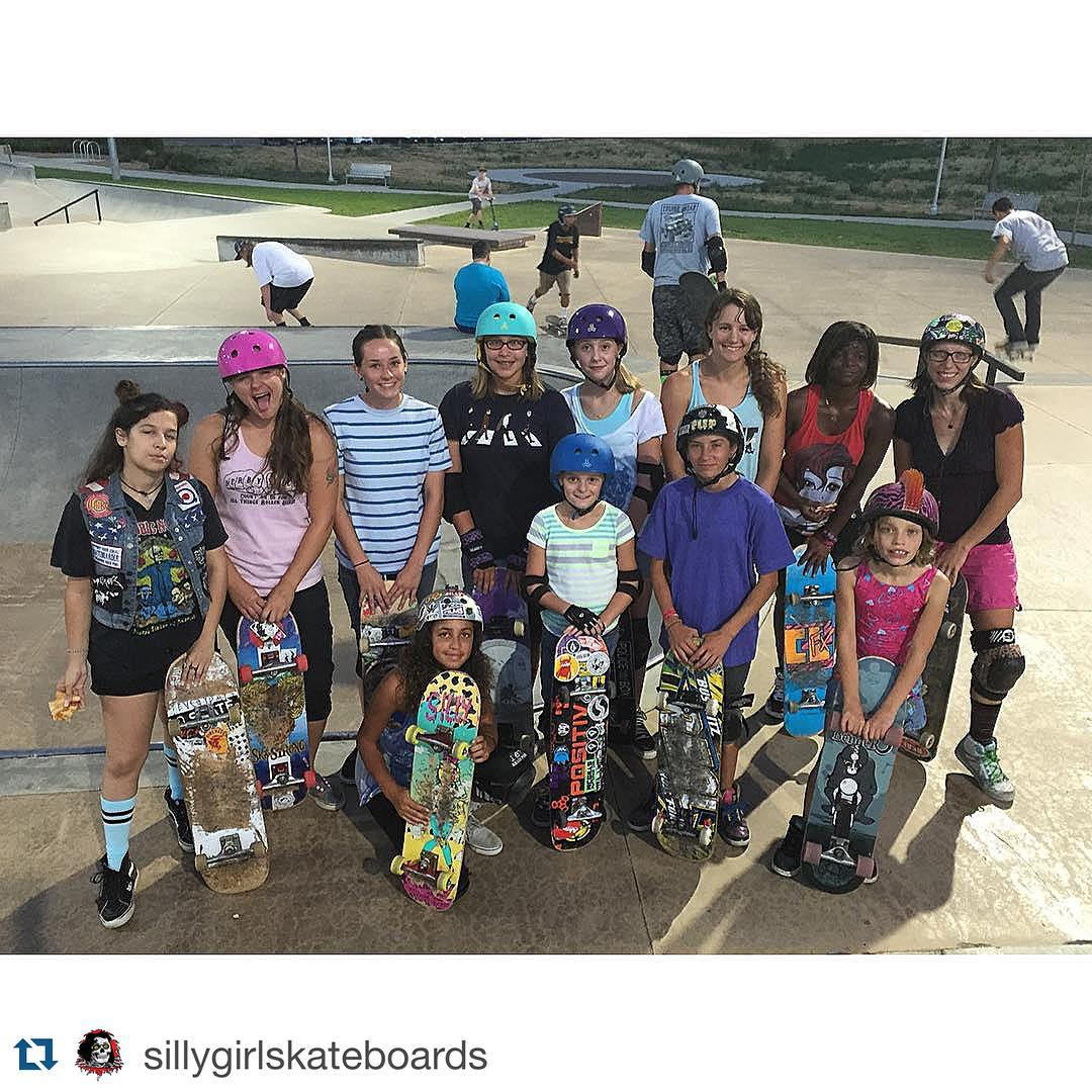 GRO Colorado Girls Skate Session this evening at Arvada with @nicolenoller