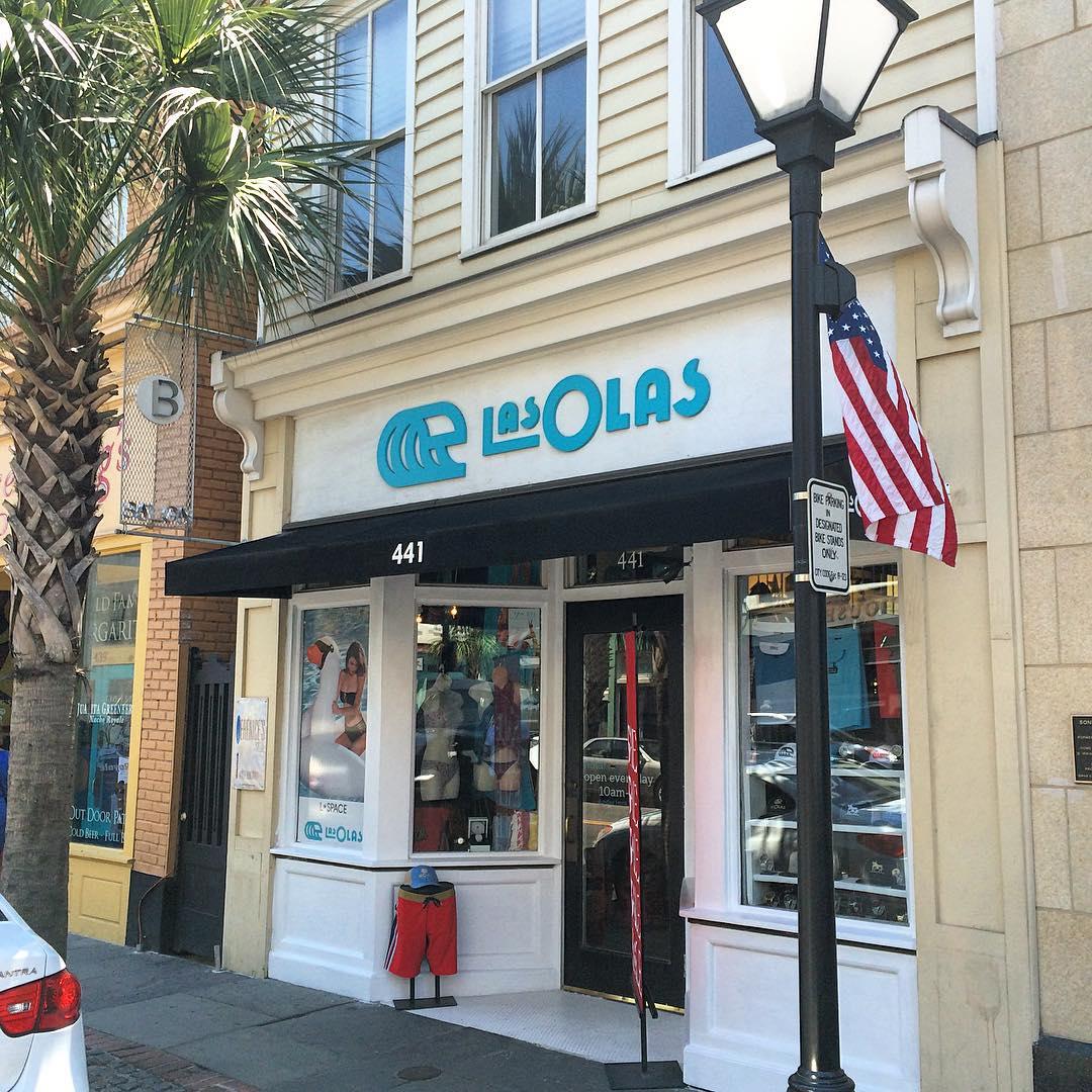 You can find ulu LAGOON at  Las Olas in Charleston, SC! @lasolas_surfshop #beachculture #southcarolina #charleston #surfshops #sc #uluLAGOON