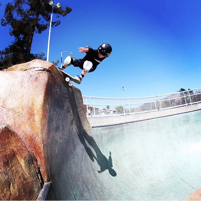 @hangtownskateshopplacerville 's @sk8inbaconbeast #rocknroll at the #sloskatepark . Gavin wears the S1 Lifer Helmet. #skateboarding #sanluisobispo #s1helmets #s1lifer #skateallday